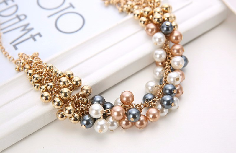 179-e0c7c4ef5760620511296a6504b1bca9 Extravagant Rounded Pearl And Gold Plated Beads Necklace Jewelry