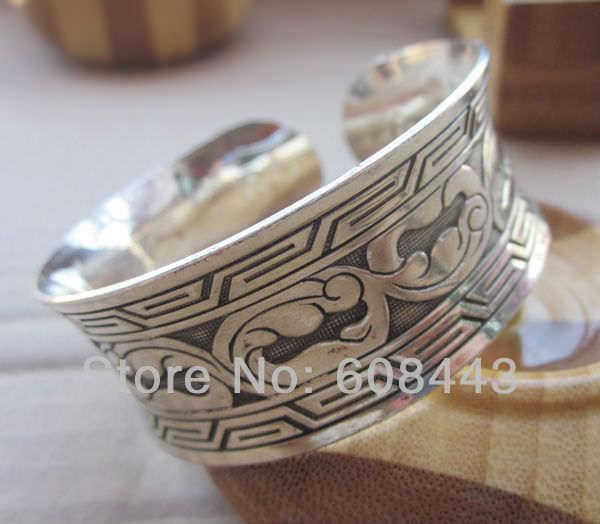 11511-70f48b7517ce98f36702f073bbfff664 Wide Gypsy Cuff Bangle Silver Bracelets For Women