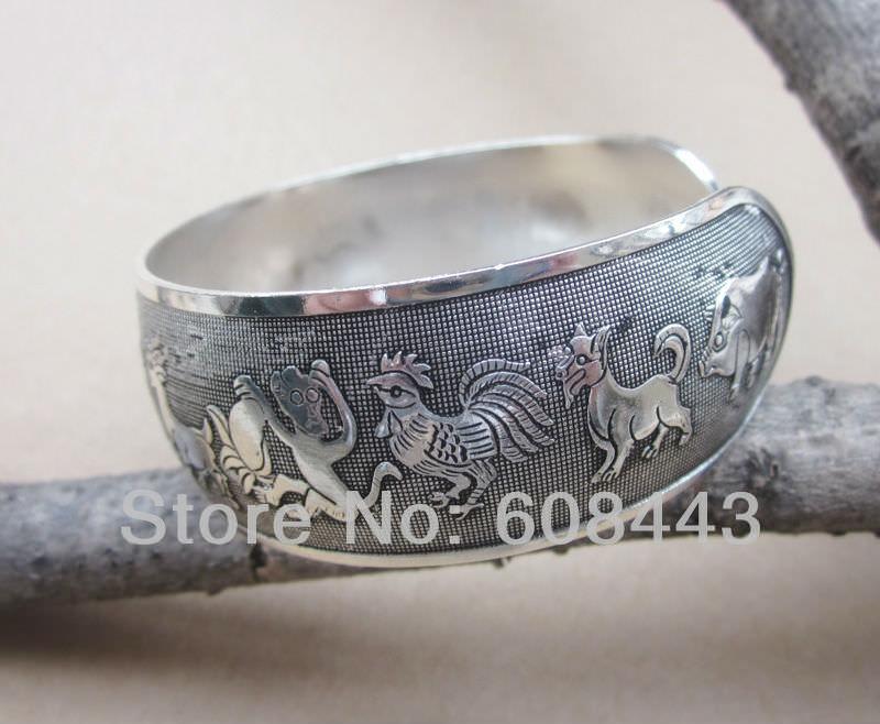 11511-9f8ccbaa4df0bebc1517fd5809d85f73 Wide Gypsy Cuff Bangle Silver Bracelets For Women