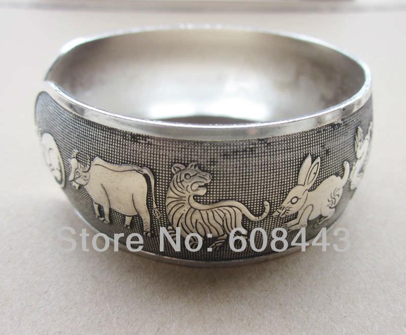 11511-fc556ff3bcf2558af5fd448c5d47be6c Wide Gypsy Cuff Bangle Silver Bracelets For Women