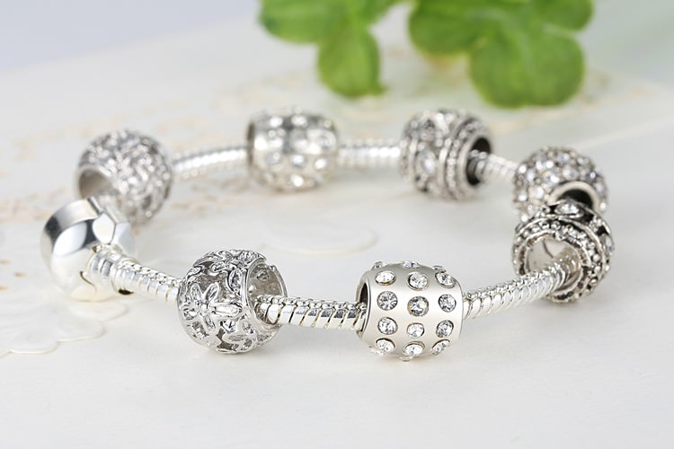 11512-3aeec64891190b540f01cd8d6ce43541 Simple Charm Bracelet Chain With Crystal Beads