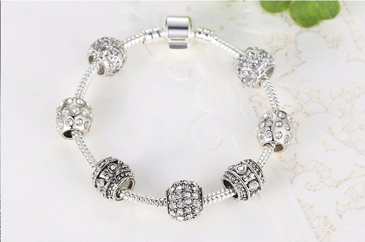11512-8de8da30a2d25d99afcbef1610d7a49d Simple Charm Bracelet Chain With Crystal Beads