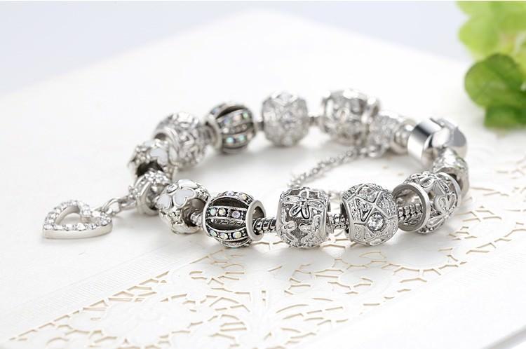 11514-83ff7a3bdd782da9207962ffd777559f Silver Charm Bracelet Chain With Heart Pendant Charm