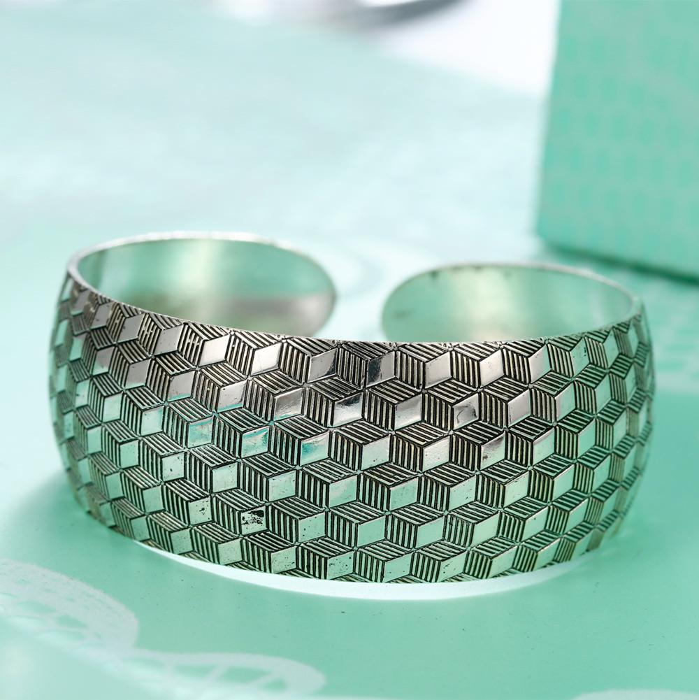 11521-739e182dffd77ca3d27d5fa98c958ac9 Retro Silver Plated Cuff Bangles Jewelry In Various Designs