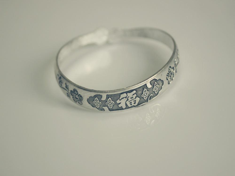 11521-8f3d1238cbb6334750dd079431ca87f8 Retro Silver Plated Cuff Bangles Jewelry In Various Designs