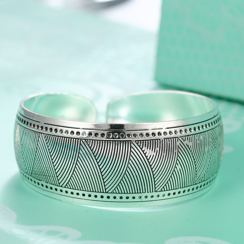 11521-a64e1bd3ce3fa4108d981f0fefb5d827 Retro Silver Plated Cuff Bangles Jewelry In Various Designs