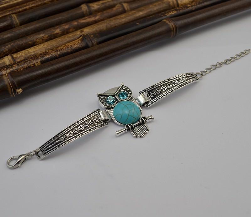 11525-43839d5ddc5bdd08a68d22ea7e77855b Vintage Retro Silver Bracelet Jewelry With Various Turquoise Accent
