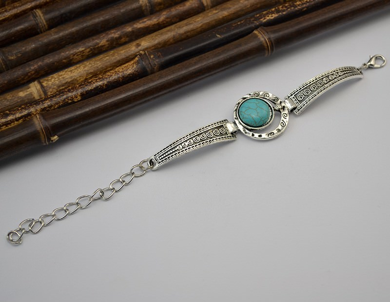 11525-68d70c810db8aa16702bbe9f6e657c6c Vintage Retro Silver Bracelet Jewelry With Various Turquoise Accent