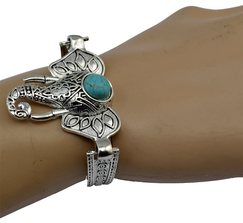 11525-985545b3246a9a3def061f34d2e52a4e Vintage Retro Silver Bracelet Jewelry With Various Turquoise Accent