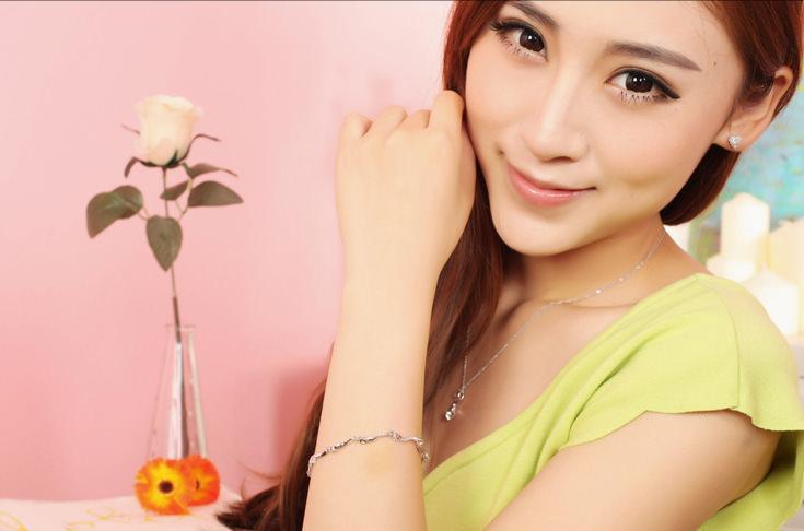 11546-a5b0e67cb6e366d1a3cc5613e8129823 Simple Elegant Crystal Bracelet Jewelry For Women
