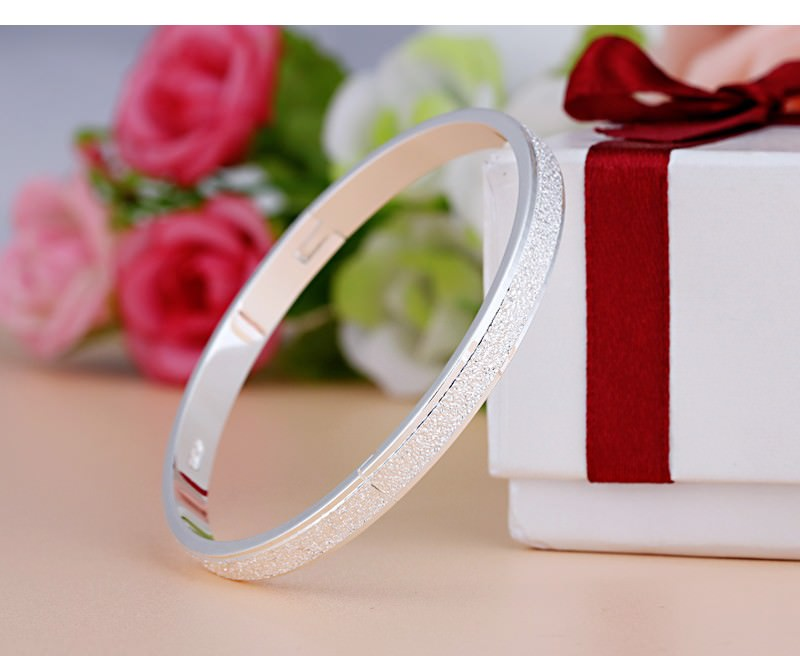 11547-304eee6fe9f87152735e1f37a8ff077d Stylish Frosted Bangle Bracelet Jewelry For Women