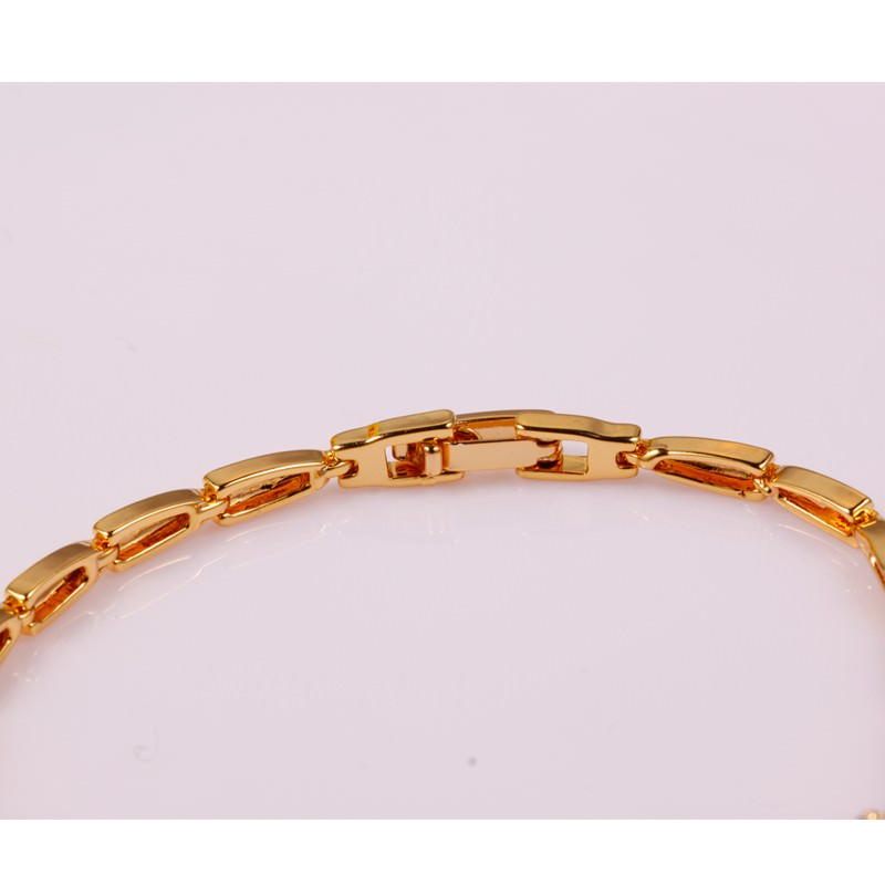 11548-4b3323987f4d44711f2ffd714eab91aa 18 K Gold Plated Chain Bracelet With Floral AAA Cubic Zircon Crystals