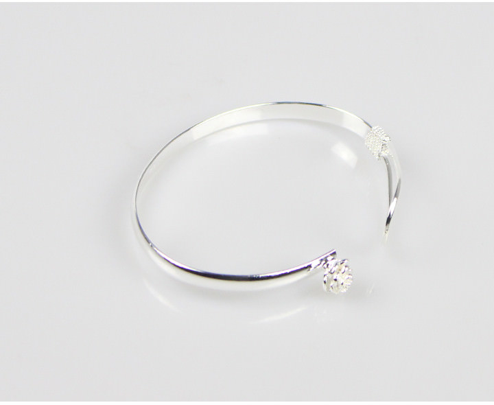 11557-22b8592430df302ebd98f1c4c62746f1 Romantic Flower Bangle Silver Bracelet Jewelry For Women
