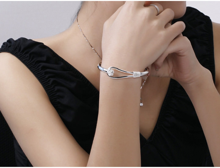 11557-d967f07f3e225a8a5d3accf770263156 Romantic Flower Bangle Silver Bracelet Jewelry For Women