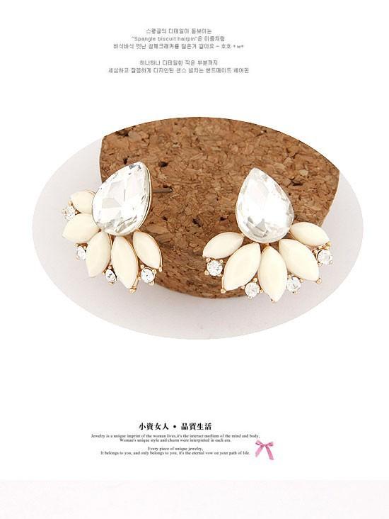 11558-feb7f958b6fa51536c920682be9e1f4e Exquisite Retro Design Push Back Cubic Zircon Earring Jewelry