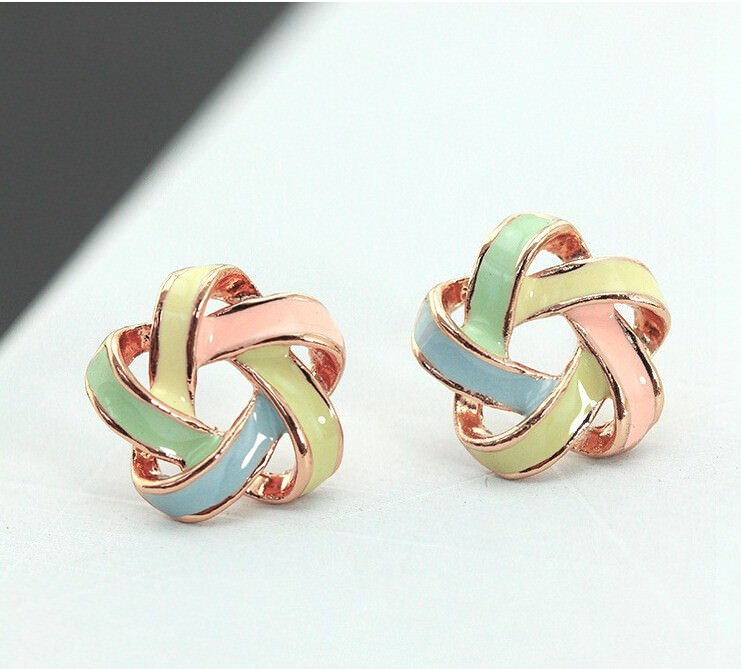 11568-8d66b991587bfab161ee5bdcf6a663ff Interlaced Star Shaped Push Back Earring Jewelry For Women