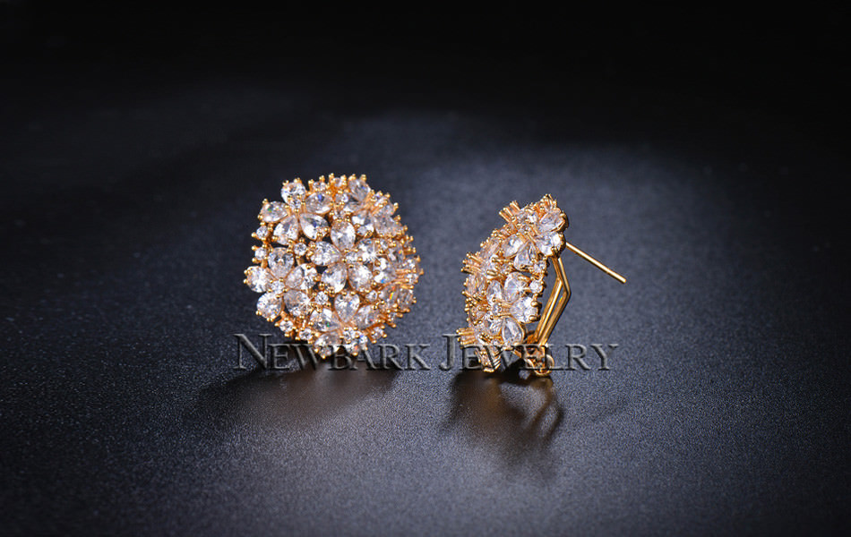 11574-abe75e25039af8dffc2a7a5594a20b8c NEWBARK Floral Lever Back Cubic Zirconia Diamond Earring Jewelry