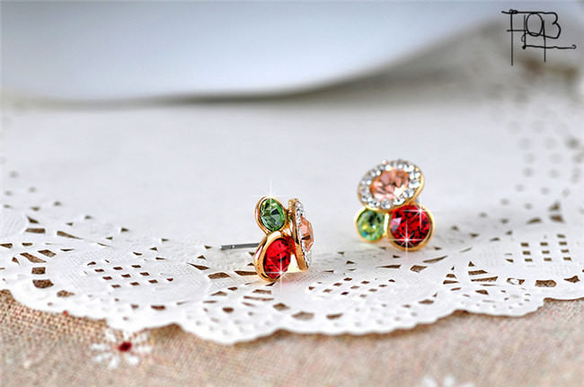 11577-85a2fd696af2ea4a6181fe44d1ad1063 Trendy Rhinestone Filled Multicolor Round Push Back Earring Jewelry