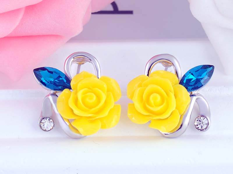 11592-d9628fa12ef5b7f971a565e0540a6680 Korean Style Rose Flower Earring Jewelry With Rhinestones