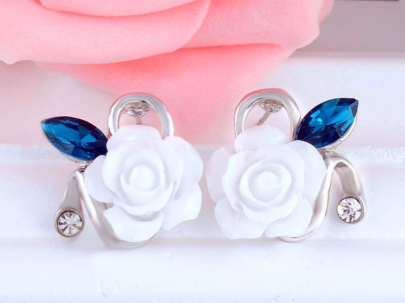 11592-f337897759306a619031752429f683ff Korean Style Rose Flower Earring Jewelry With Rhinestones