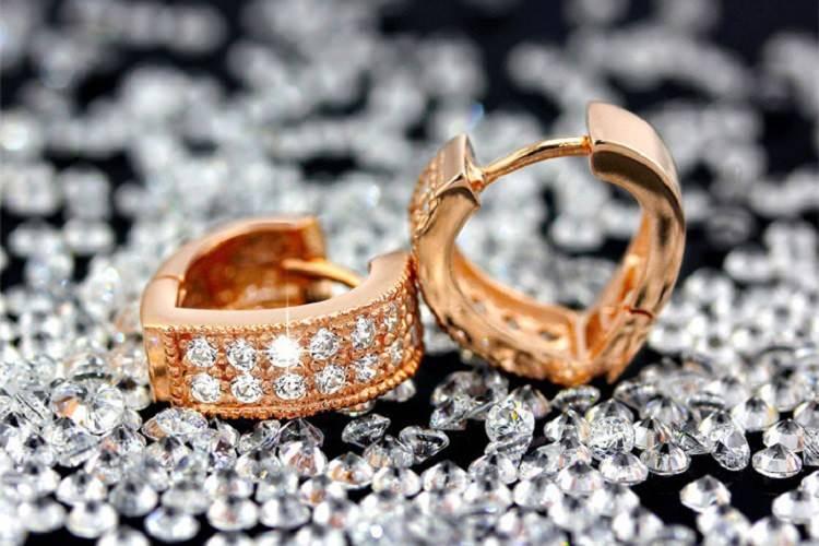 11593-62b968d42c6b49e944f9e977eaf9b871 Sophisticated Wedding Fashion Crystal Heart Huggie Earring Jewelry