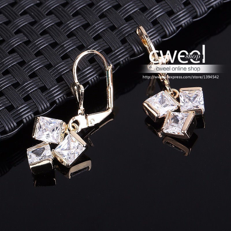 11596-757242cae90bdbc600bc1d3be2d68159 Crystal Lever Back Dangling Earring Jewelry