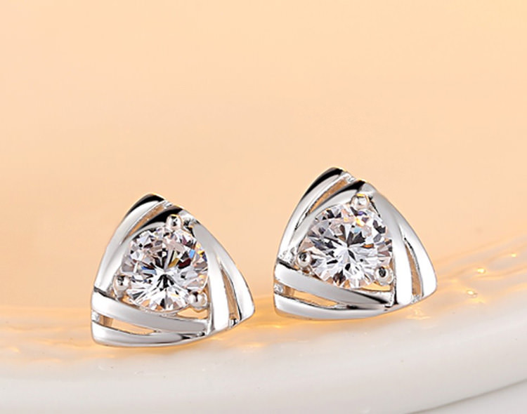 11599-d10153e0713b16701e2d334405d85344 Geometric Triangle Stud Earring Jewelry With Crystal Zircon