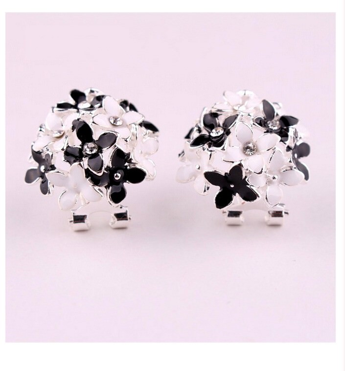 11601-1ca4a8d65d444d3dac5480fcd3960a57 Whimsical Floral Bouquet Lever Back Earring Jewelry