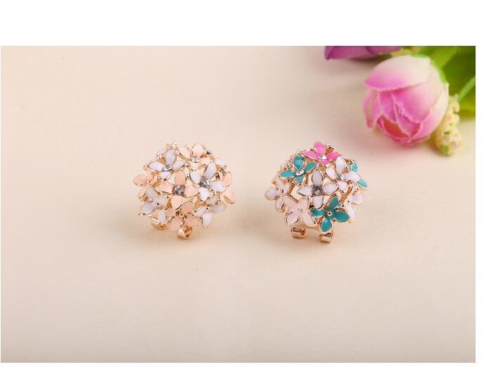 11601-551fd19bf1b6a14290279d7148545a56 Whimsical Floral Bouquet Lever Back Earring Jewelry