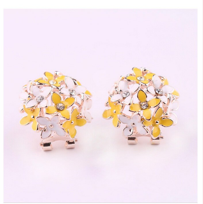 11601-703309eebcb03551c3be6c1d5879c4f0 Whimsical Floral Bouquet Lever Back Earring Jewelry