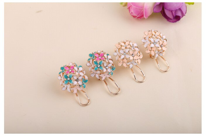11601-b7120141b29490fc95ececff2d1c1322 Whimsical Floral Bouquet Lever Back Earring Jewelry