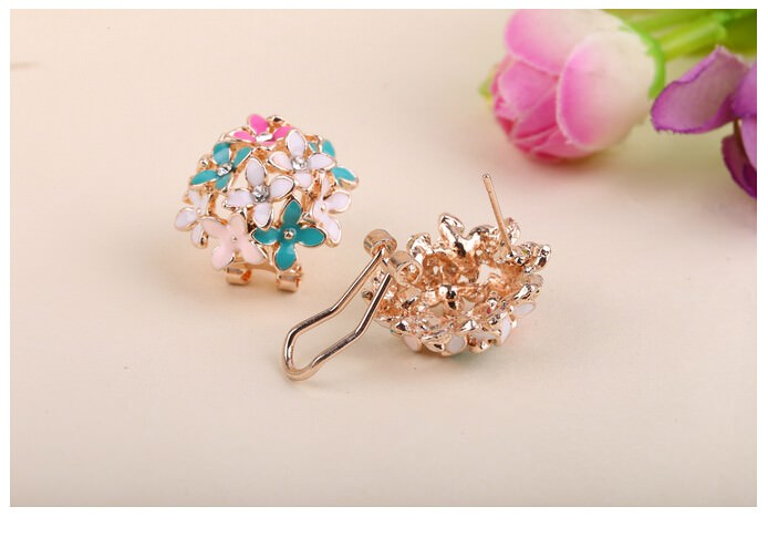 11601-d0c1a8f8a9eb3b6cb7001fb5536796d7 Whimsical Floral Bouquet Lever Back Earring Jewelry