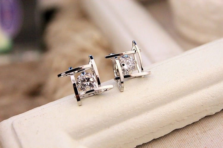 11602-d09c0ac127130918627f32ff1deeb7b7 Sophisticated Framed Rhinestone Push Back Earring Jewelry