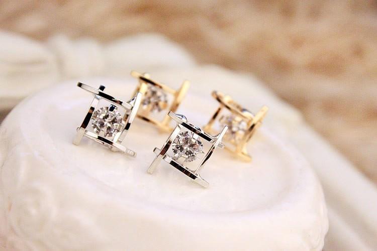 11602-ef28a464fe6d4d1e2aa47de607e273fb Sophisticated Framed Rhinestone Push Back Earring Jewelry