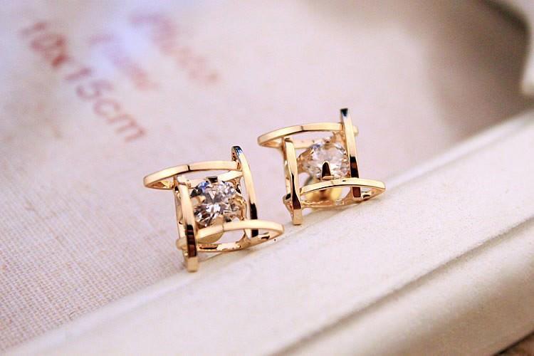 11602-fc041aeb267ec7a2dd8285a423246210 Sophisticated Framed Rhinestone Push Back Earring Jewelry