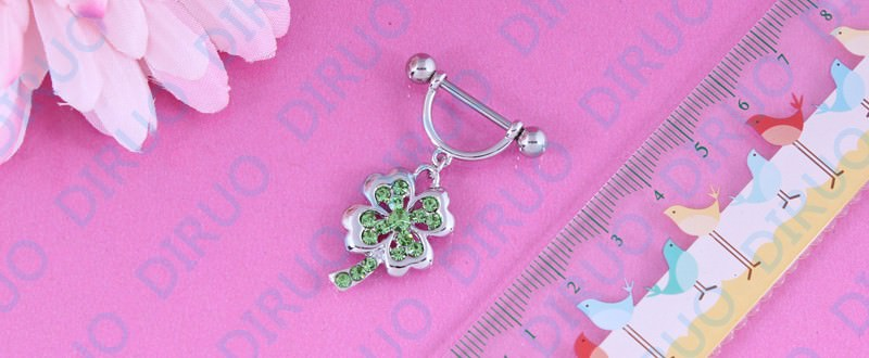 11663-72a5056d7cd590813a861edd83001cd0 2pcs Lucky 4 Leaf Clover Dangling Nipple Body Jewelry With Crystals