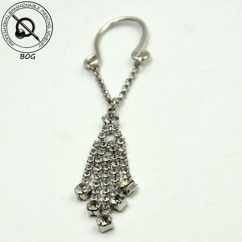 11697-a3e18e6c5951288bb19f45c67123a76c Sexy Pair Of Clip On Nipple Body Jewelry With Rhinestone Tassel Dangle