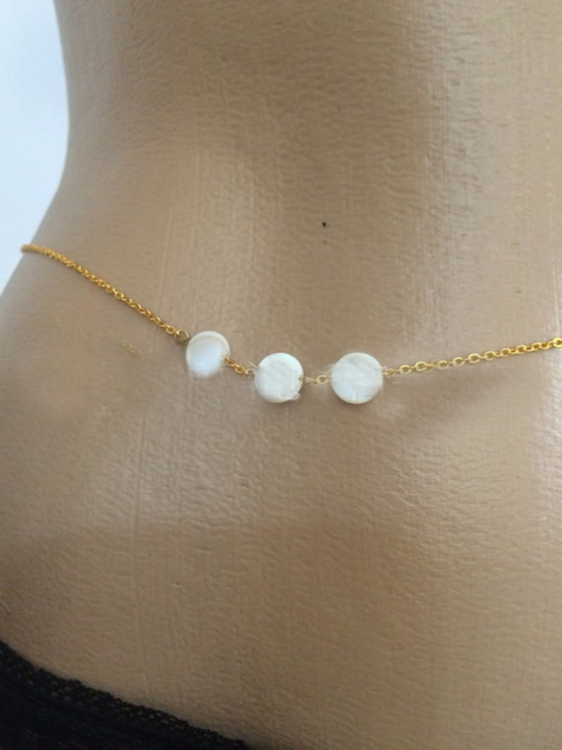 1932-52c8efe7033bb88fd6d3ecab17515fc7 Simple Sexy Gold Silver Beach Bikini Alloy Shell Beaded Bohemia 1 Row Body Belly Waist Chain For Women Wholesale Jewelry  W017
