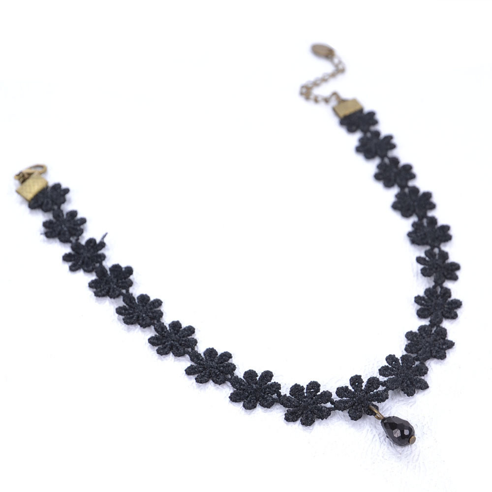 4988-4cb972da08abe5365450492b56851229 Black Daisy Flower Lace Choker Necklace With Pendant
