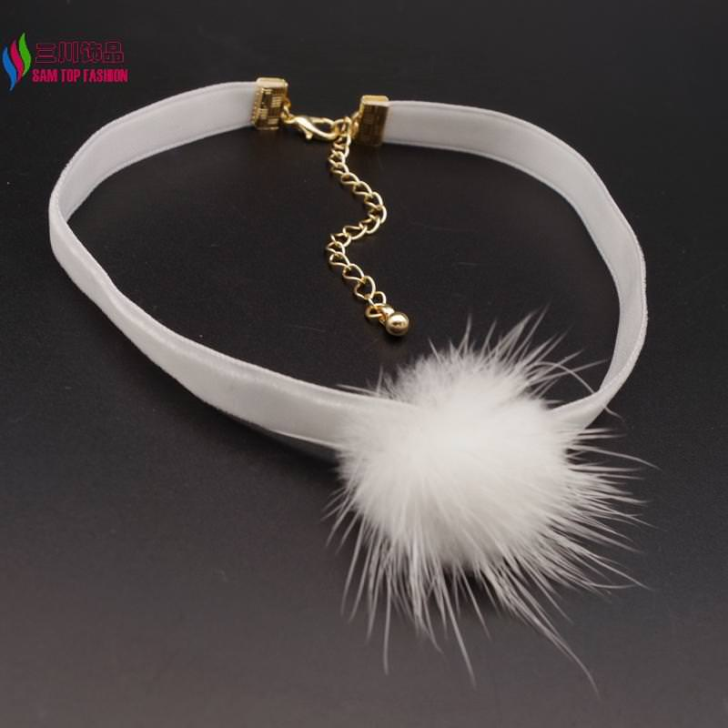 4994-98d711f42535a8693bb1f38075c3dabb New Arrival Black Or White Mink Fur Choker Necklace