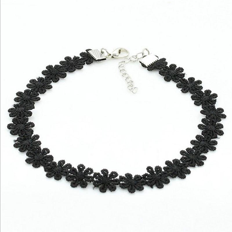 5000-30b795e8eace4d68a81fe6e8b4825019 3pcs Vintage Black/White Daisy Flower Lace Choker Necklace