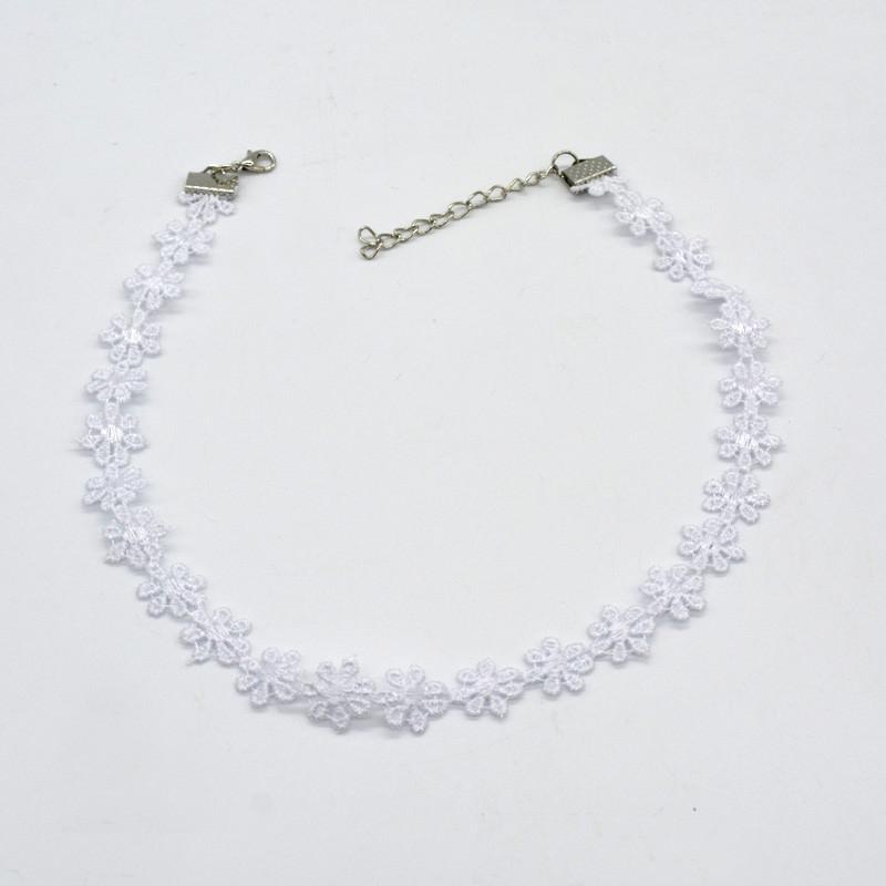 5000-5293b2148bb3c63363a7985c0a351ba8 3pcs Vintage Black/White Daisy Flower Lace Choker Necklace