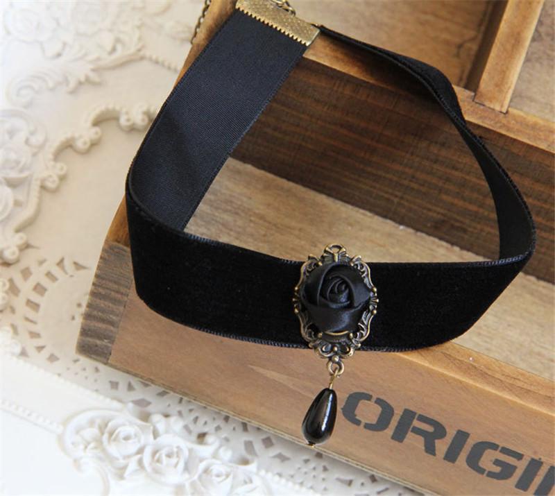 5001-0db9836085eeef79c08e83786745cc7c Fashion Black Velvet Retro Gothic Collar Choker Necklace Red Rose Flower Charms Pendant For Women Jewelry Collier Femme Bijoux