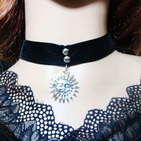 5017-d15b93a6db12e5723c5bc99080b322f3 Gothic Leon Black Velvet Ribbon Choker Necklace With Sun Pendant