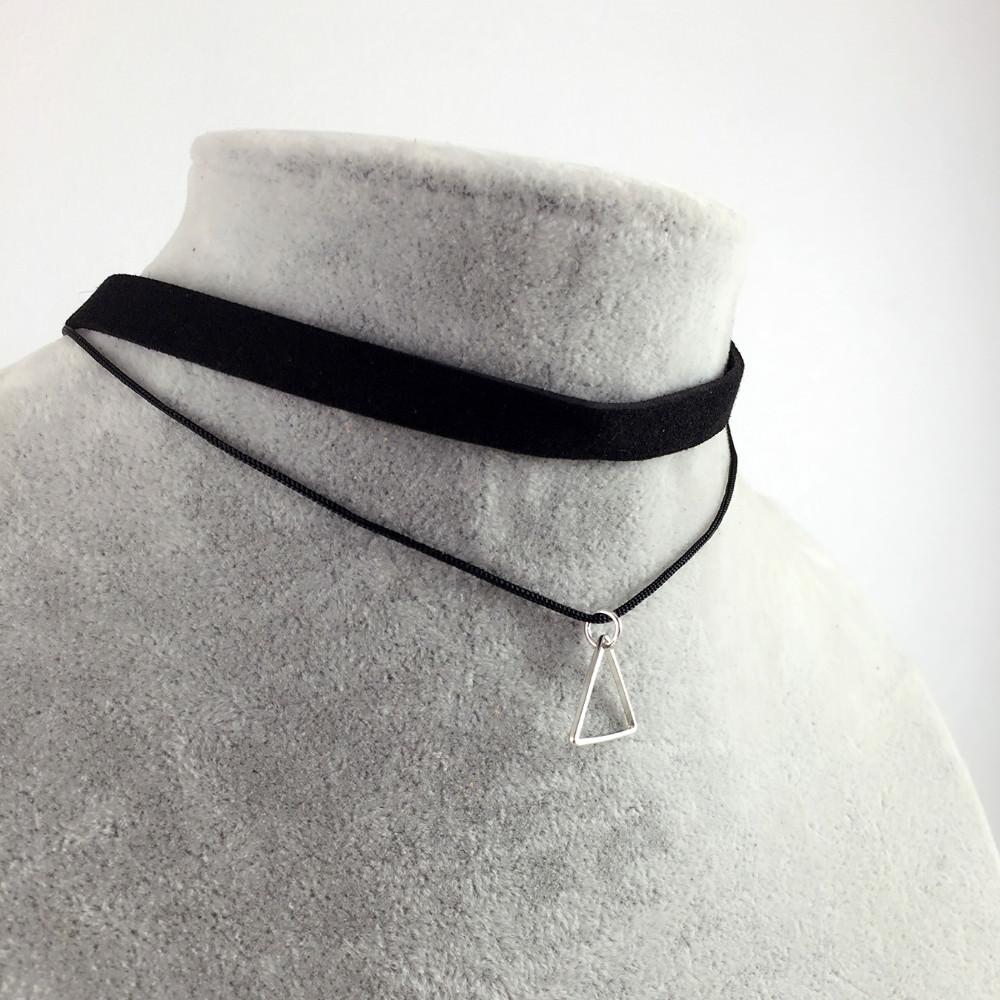 5018-6e684b7ed1ebc069fdcaca47e3c96ae3 Black Imitation Leather Choker Necklace With Geometric Shaped Pendant