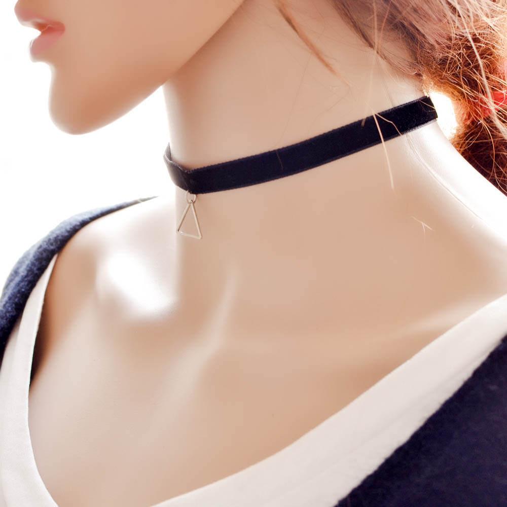 5018-93ef29ea3449de8d8814372aaa61a4a6 Black Imitation Leather Choker Necklace With Geometric Shaped Pendant