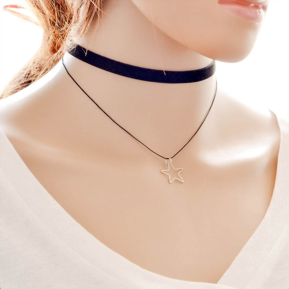 5018-f35b7ca7d604147a22e4b7d176680ef6 Black Imitation Leather Choker Necklace With Geometric Shaped Pendant