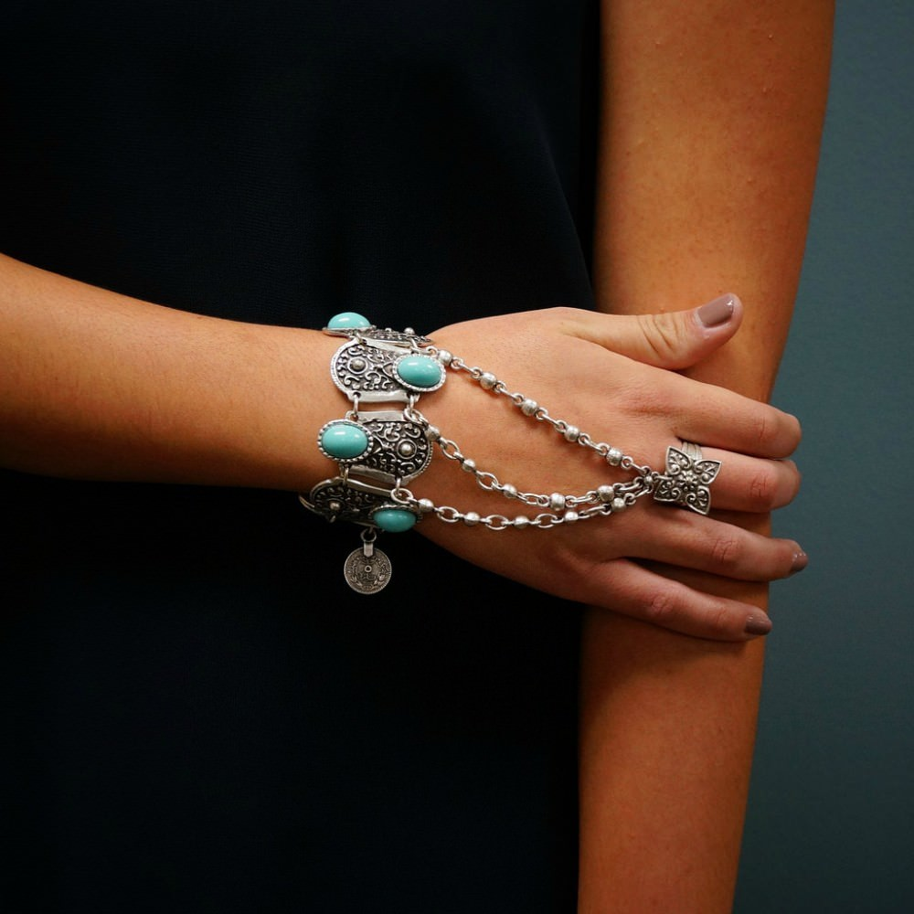 8846-e03ecf4f786b9f47d8723d8196acb580 Bohemian Blue Gemmed Chuny Bracelet Jewelry With Floral Slave Chain