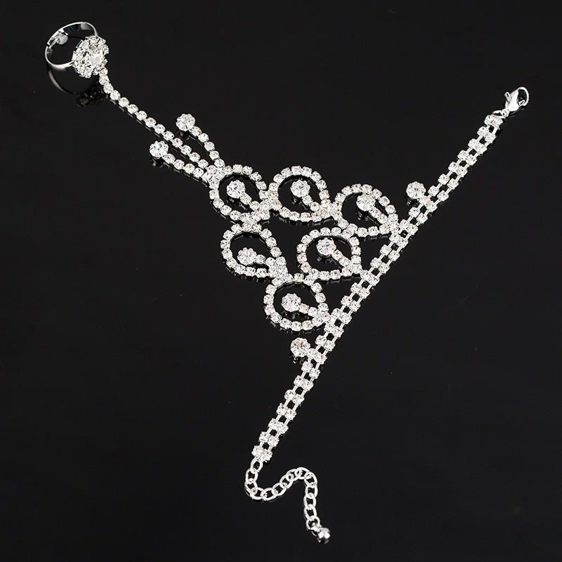 8851-34bdb7c883254e4dc14ee108fd2679ef Elegant Rhinestone Chain Jewelry With Dangles