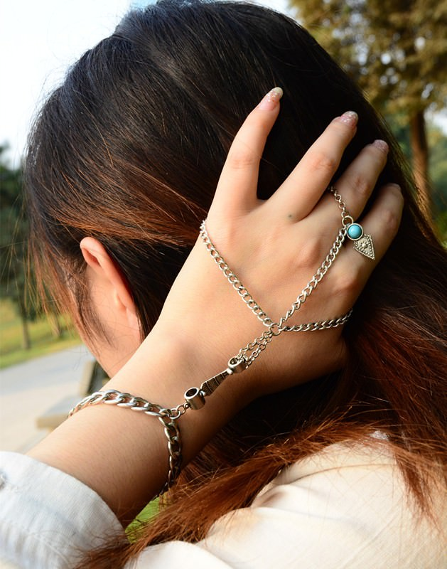 8857-00d4faa0e5789d2d94bd65ec1614754b Multi-layer Hand Slave Jewelry With Rhombus And Turquoise Accent